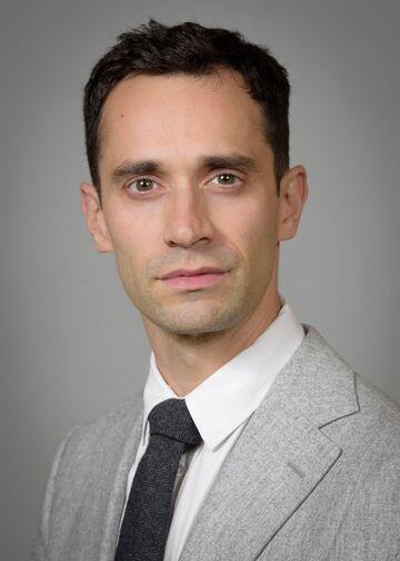 Head shot of Randy S. D'Amico, MD